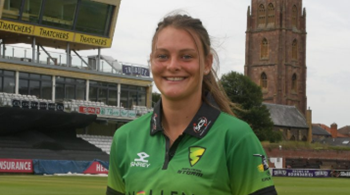 England cricket call-up for Hartpury  student Danielle Gibson