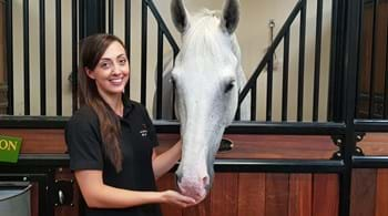 Research reinforces benefits of equine-assisted therapy for children